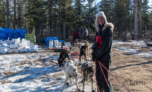 Bjørn and Kim volunteered to be dog handlers for 24 hours at the Rohn checkpoint on the Iditarod Trail.