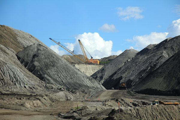 "This is the most active of the <a href=""http://www.groundtruthtrekking.org/Issues/AlaskaCoal/UsibelliCoalMine.html"">Usibelli coal mines</a>."